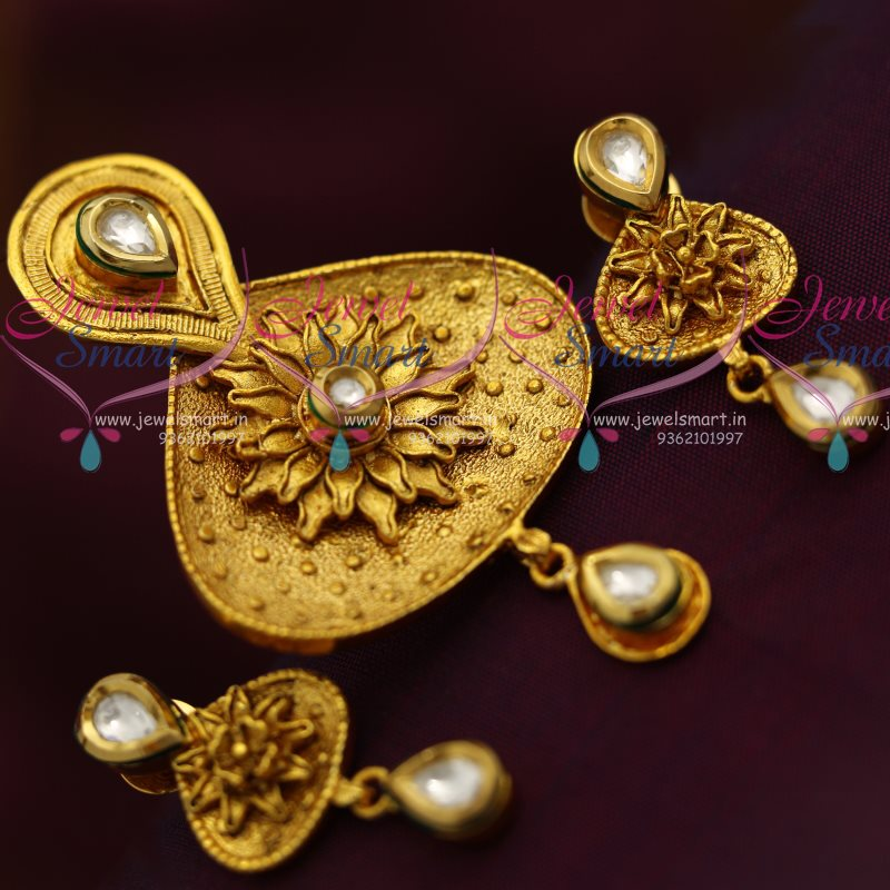 ps7190 one gram antique gold plated kundan floral pendant