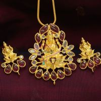 Precious-temple-ad-laxmi-god-pendant-earrings-smooth-gold-finish-best-online-jewellery