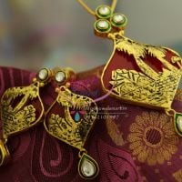 thewa-pendant-set-gold-design-acrylic-red-gold-work-kundan-meena-fancy-pendant-sets