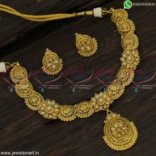 Brass Metal Light Weight Antique Fashion Jewellery Set With Pearls Classic Gold Designs NL22874