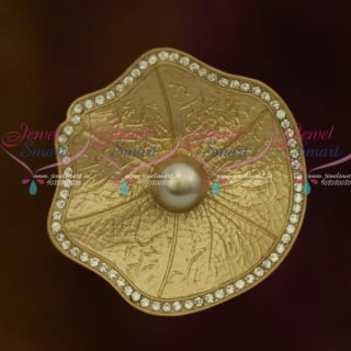 SP9191 Matte Light Cream Gold Saree Brooches Floral Latest Finish Fashion Accessory Online